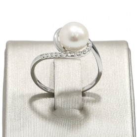 Miluna Woman Ring Pearls...